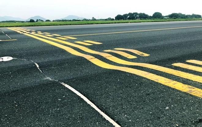 Bộ GTVT xin Chính phủ cấp vốn sửa đường băng Nội Bài, Tân Sơn Nhất - Ảnh 1.