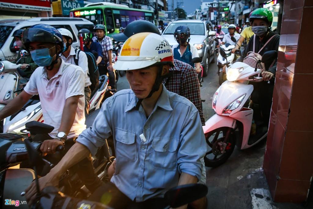 Con đường kẹt triền miên gần 20 năm ở phía đông Sài Gòn - Ảnh 11.