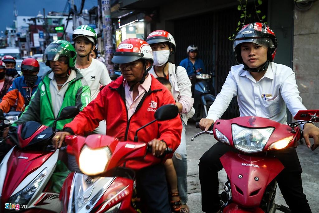 Con đường kẹt triền miên gần 20 năm ở phía đông Sài Gòn - Ảnh 12.
