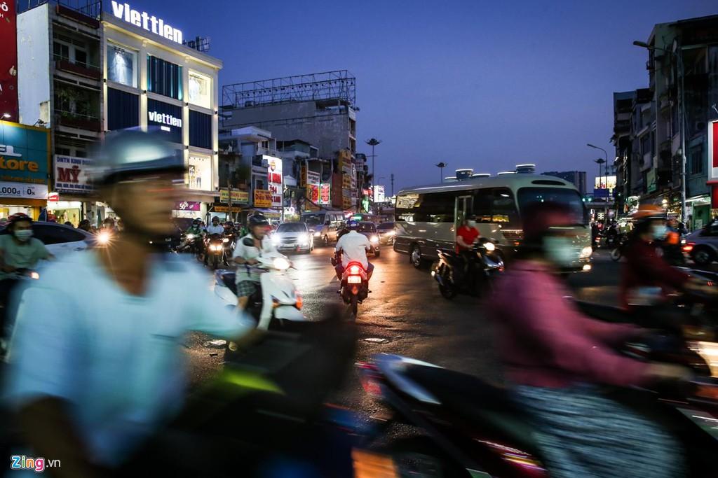 Con đường kẹt triền miên gần 20 năm ở phía đông Sài Gòn - Ảnh 4.