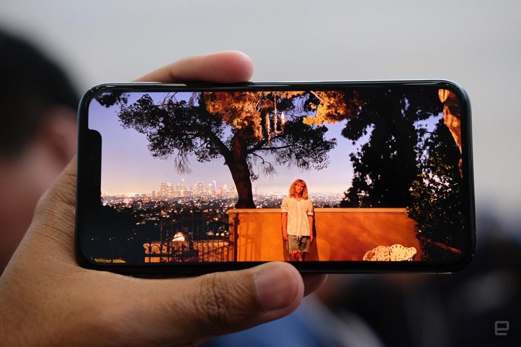 Ảnh chi tiết iPhone 11 Pro, Pro Max giá lên đến 1.449 USD - Ảnh 6.