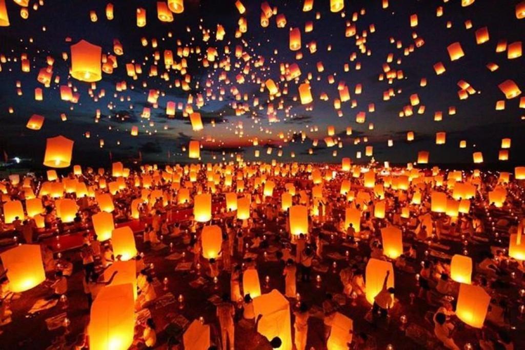 Tháng 11, Thái Lan hóa miền cổ tích trong lễ hội thả đèn trời - Ảnh 7.