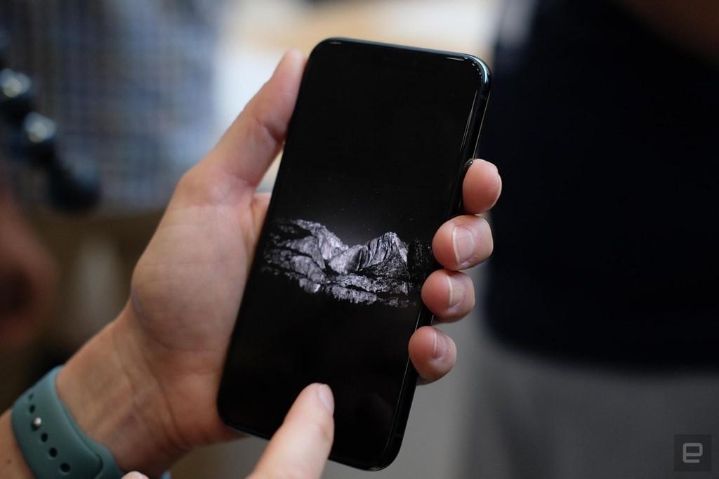 Ảnh chi tiết iPhone 11 Pro, Pro Max giá lên đến 1.449 USD - Ảnh 8.