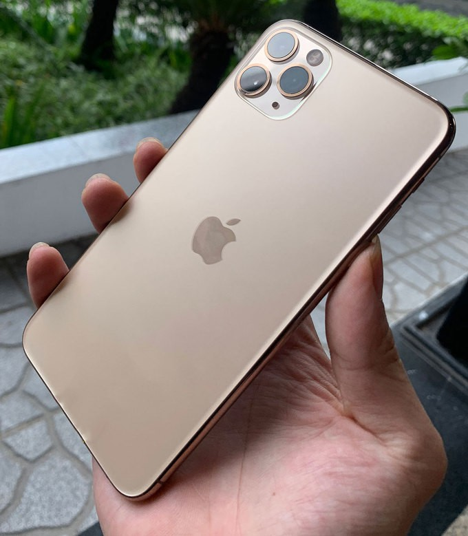iPhone-11-Vietnam-VnExpress-10_680x0