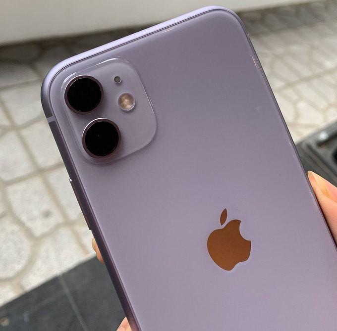 iPhone-11-Vietnam-VnExpress-1_680x0