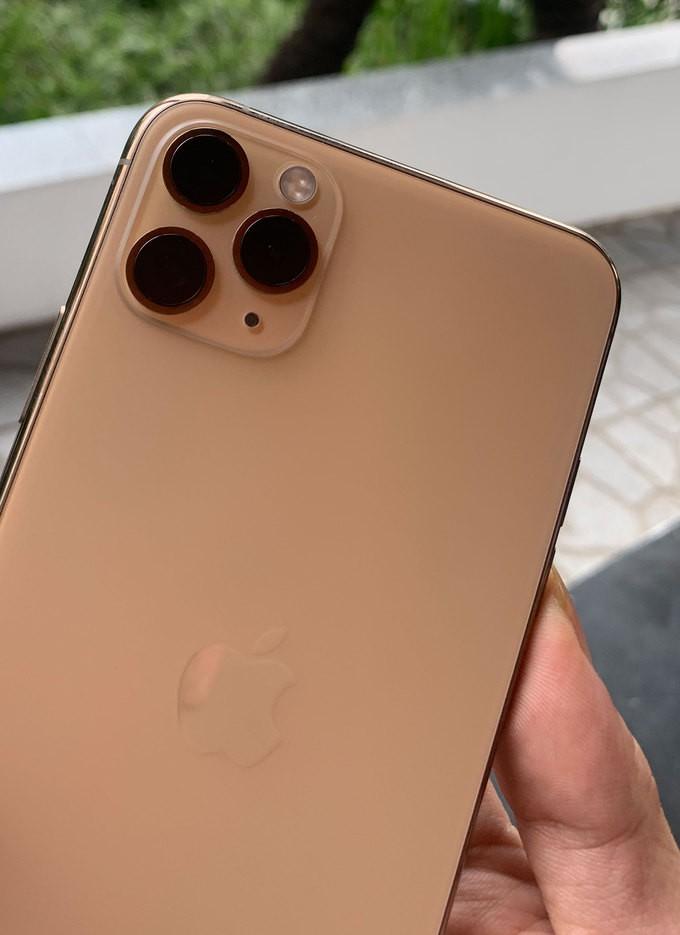 iPhone-11-Vietnam-VnExpress-9-1568357531_680x0