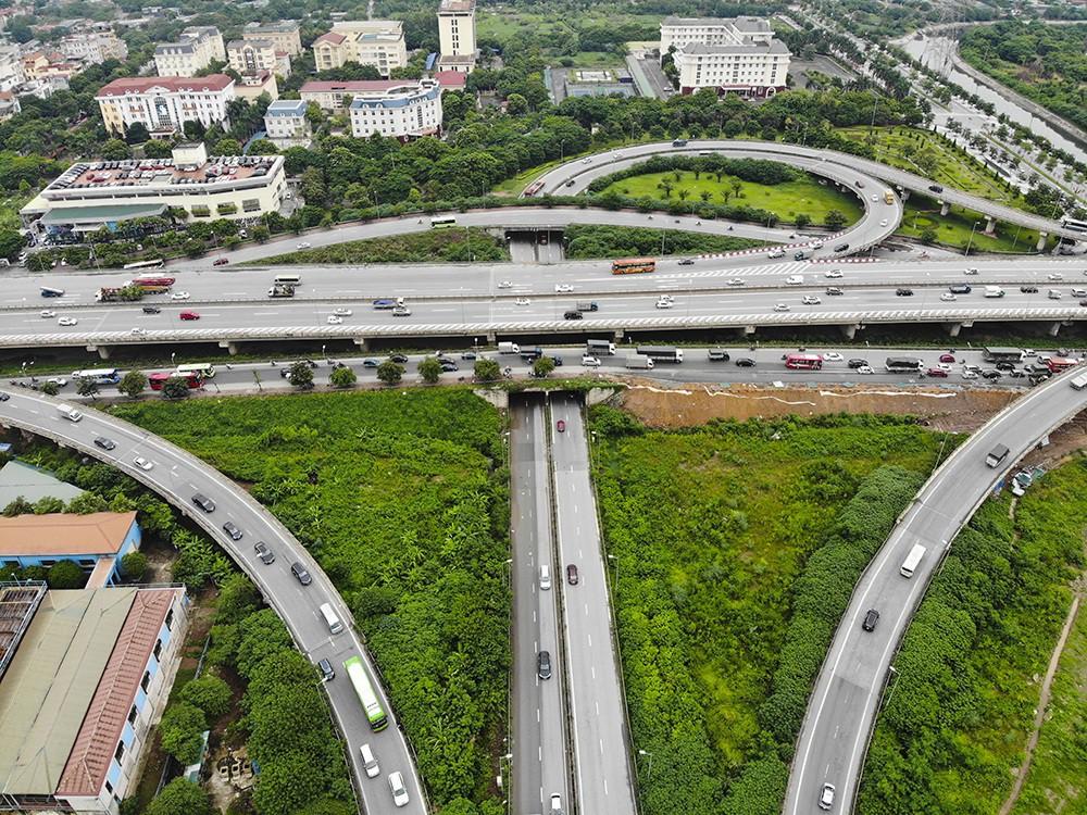 Những giao lộ khổng lồ thay đổi diện mạo cửa ngõ Thủ đô - Ảnh 15.