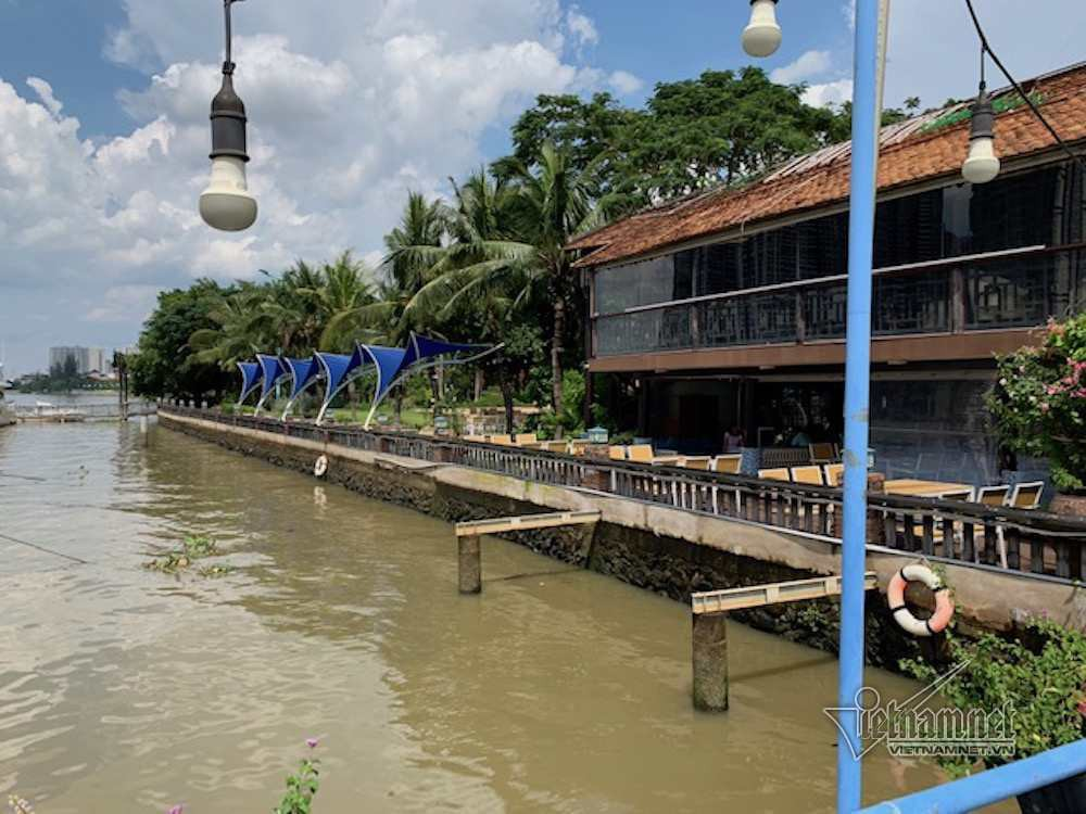 Cận cảnh hành lang bảo vệ sông Sài Gòn bị 'độc chiếm' - Ảnh 12.