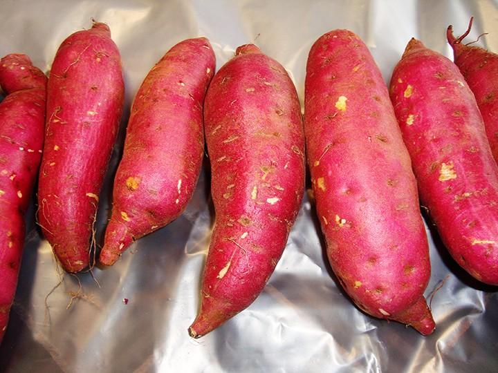 2 bộ bàn cách xuất khẩu khoai lang, chanh leo, dừa... sang Trung Quốc - Ảnh 2.