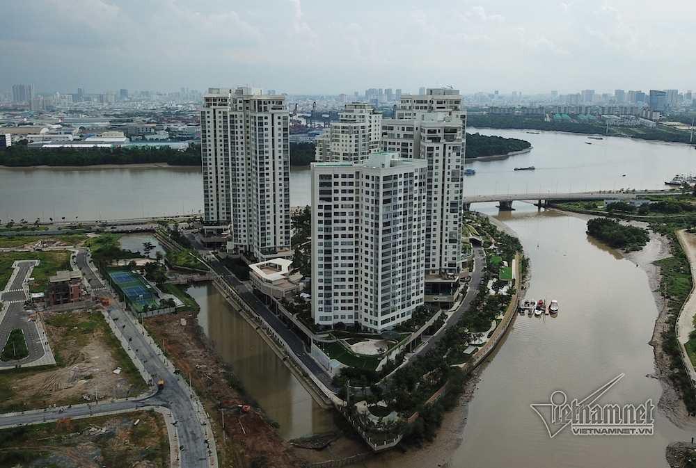Cận cảnh hành lang bảo vệ sông Sài Gòn bị 'độc chiếm' - Ảnh 8.