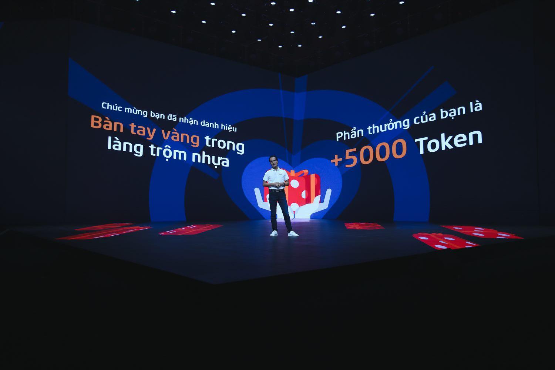 kiem-tien-online-tren-mang-xa-hoi-thoi-vang-son-da-bat-dau-1