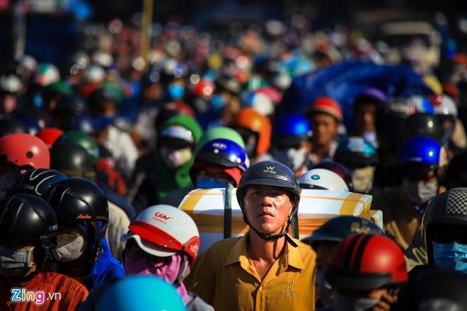TP HCM lên kế hoạch cấm xe máy tại khu trung tâm - Ảnh 1.