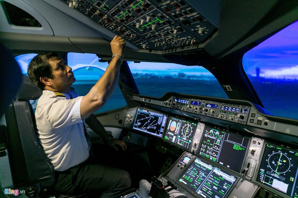 Thu nhập khủng, nhu cầu cao, vì sao tuyển sinh phi công vẫn khó? - Ảnh 2.