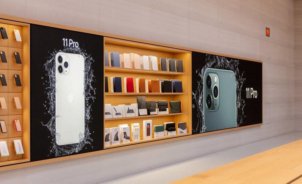"""Bên trong Apple Store Fifth Avenue """"huyền thoại"""" ngày mở cửa trở lại - Ảnh 10."""