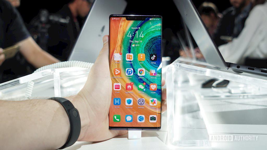 Huawei vẫn có thể bán được 20 triệu máy Mate 30 kể cả khi không được Google hỗ trợ - Ảnh 1.