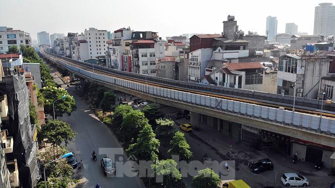 Cận cảnh đường sắt xây dựng hơn một thập kỉ, đội vốn hơn 18 nghìn tỉ - Ảnh 6.