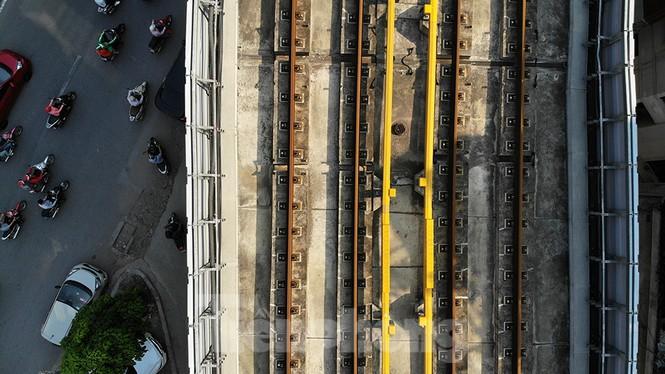 Cận cảnh đường sắt xây dựng hơn một thập kỉ, đội vốn hơn 18 nghìn tỉ - Ảnh 8.