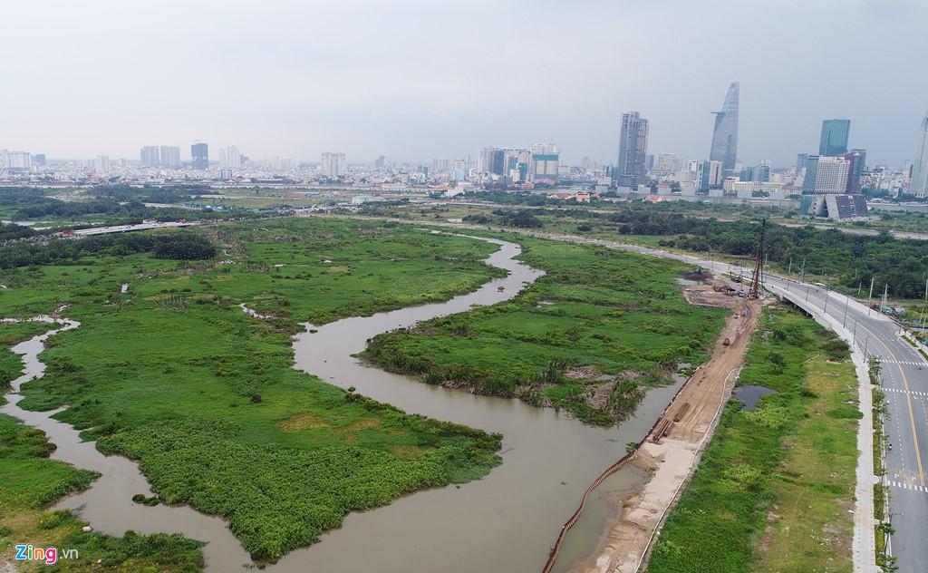 Thủ Thiêm từ vùng đầm lầy đến thị trường địa ốc sôi động nhất TP HCM - Ảnh 1.
