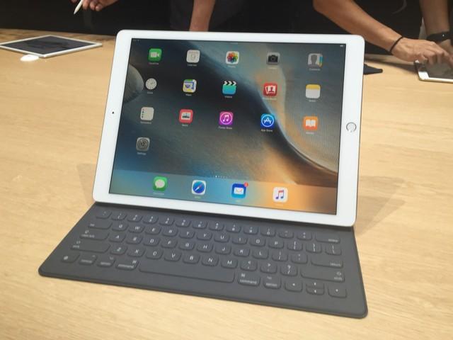 Top-5-laptop-bien-hinh-trong-tam-gia-10-trieu-dong-dang-mua-nhat-hien-nay-3