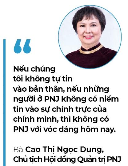 Bà Cao Thị Ngọc Dung và 'Oscar kim hoàn châu Á' - Ảnh 3.