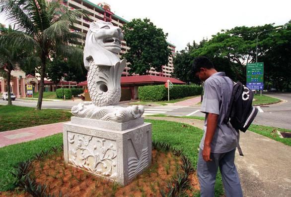 7 tượng sư tử biển Merlion ở Singapore có gì đặc biệt? - Ảnh 4.