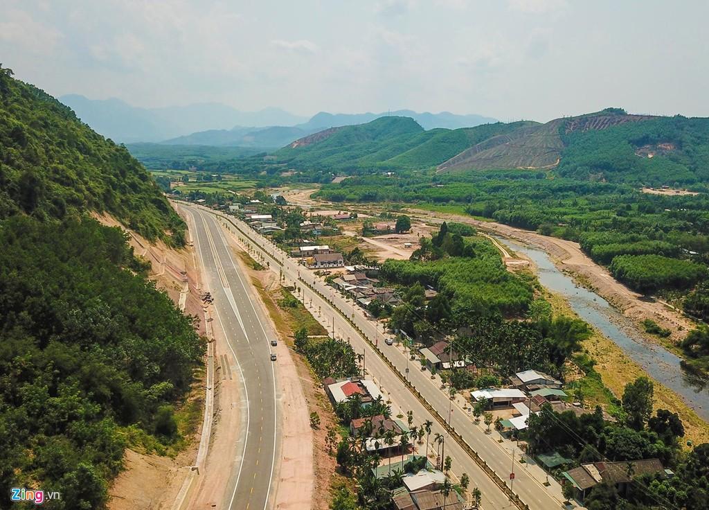 Cao tốc nửa tỉ USD nối Đà Nẵng, Huế mờ mịt ngày thông xe - Ảnh 2.