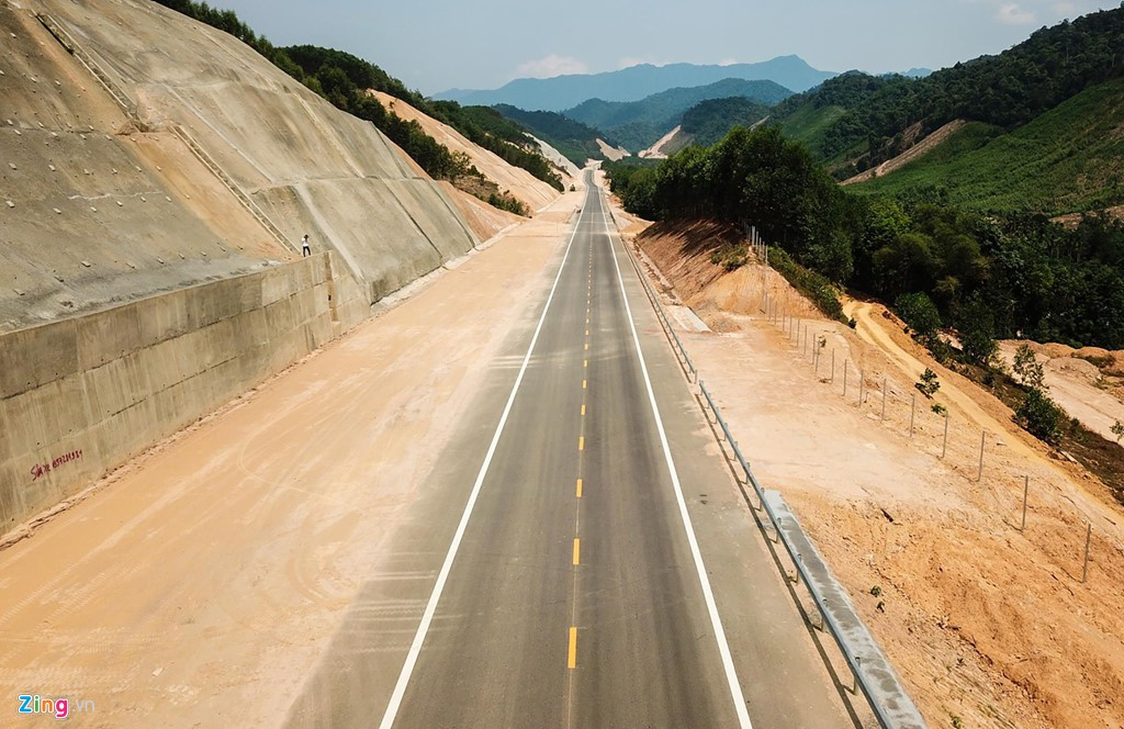 Cao tốc nửa tỉ USD nối Đà Nẵng, Huế mờ mịt ngày thông xe - Ảnh 3.