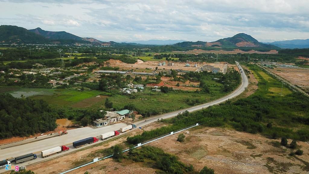 Cao tốc nửa tỉ USD nối Đà Nẵng, Huế mờ mịt ngày thông xe - Ảnh 4.
