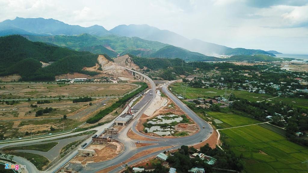 Cao tốc nửa tỉ USD nối Đà Nẵng, Huế mờ mịt ngày thông xe - Ảnh 7.