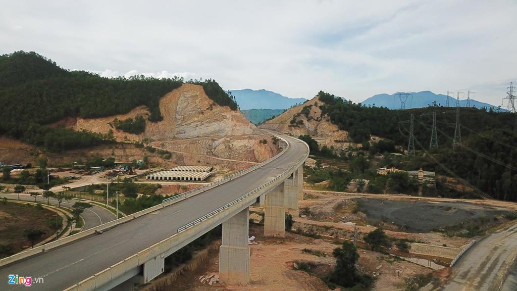 Cao tốc nửa tỉ USD nối Đà Nẵng, Huế mờ mịt ngày thông xe - Ảnh 8.