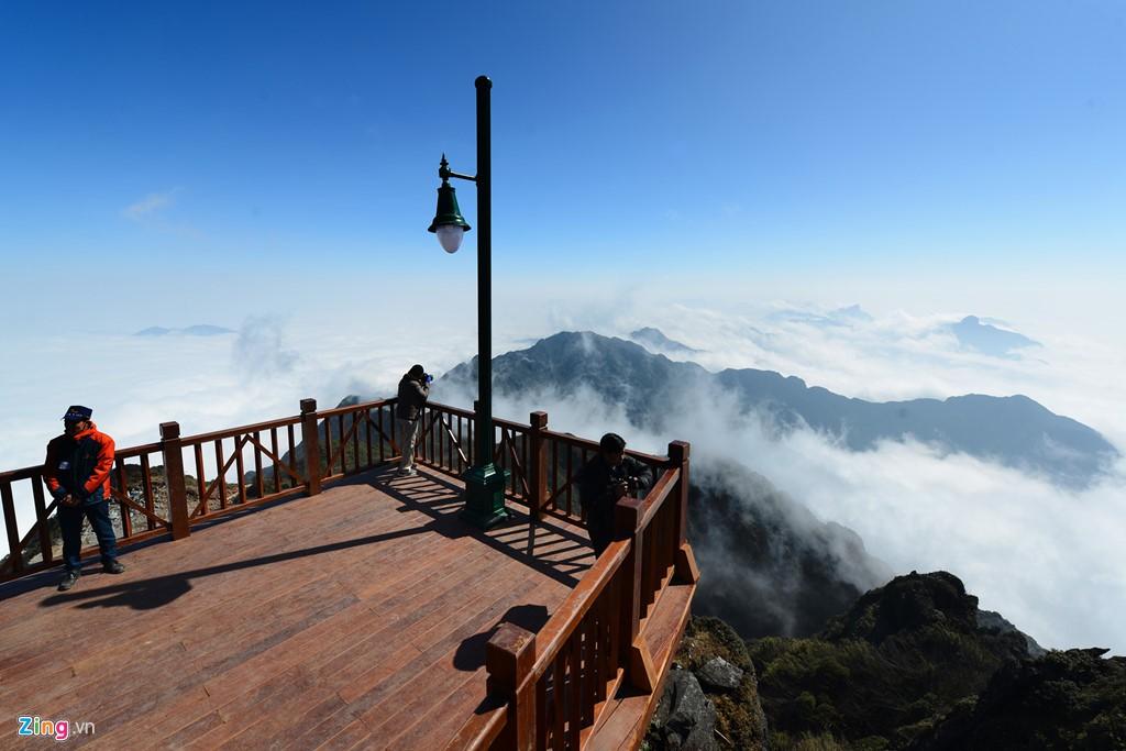 Ngỡ ngàng trước 7 điểm săn mây vạn người mê tại Sapa trong tháng 10 - Ảnh 1.