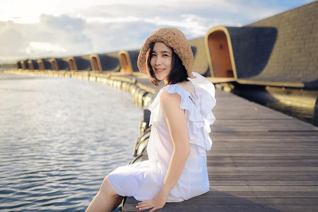 Tuyet tac resort noi tren mat nuoc hut khach check-in tai Bangkok hinh anh 13