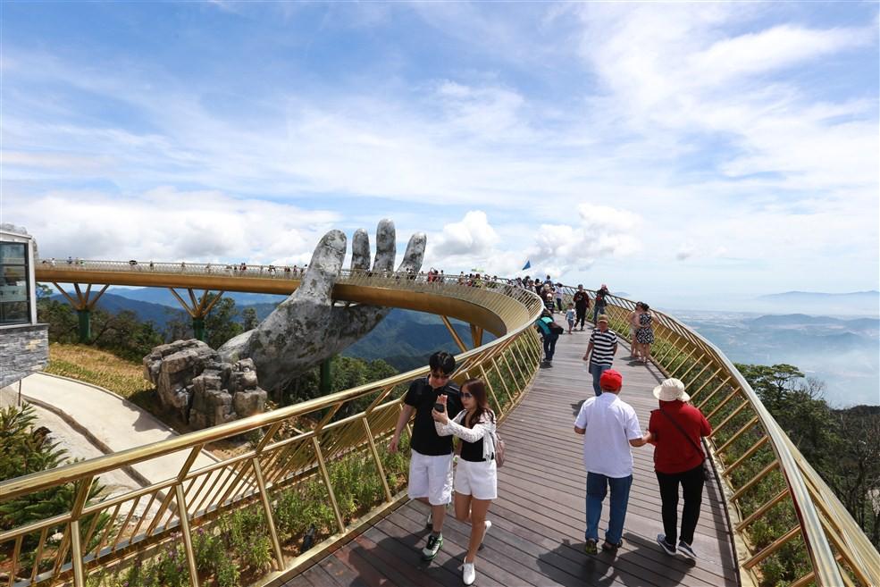 Cầu Vàng Sun World Ba Na Hills (3)