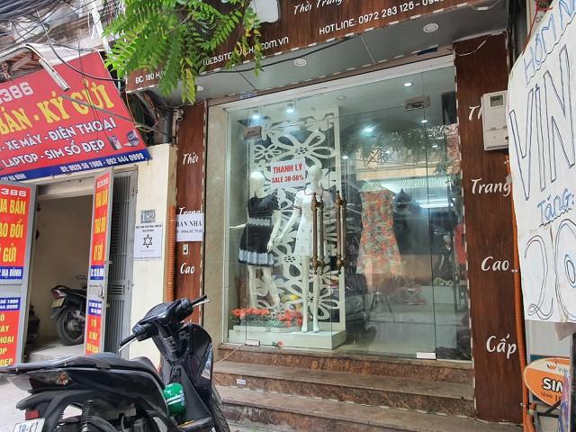 Hàng quán đóng cửa sang nhượng, dân quanh Công ty Rạng Đông thi nhau bán nhà - Ảnh 1.