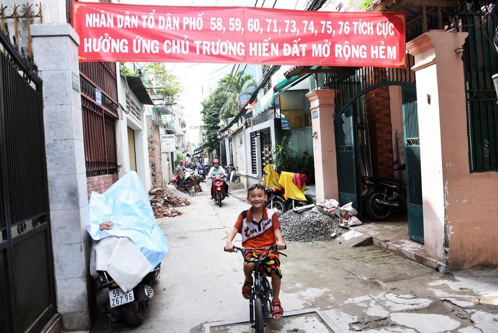 Thiệt khó tin khi Sài Gòn có những con hẻm một người - Ảnh 11.