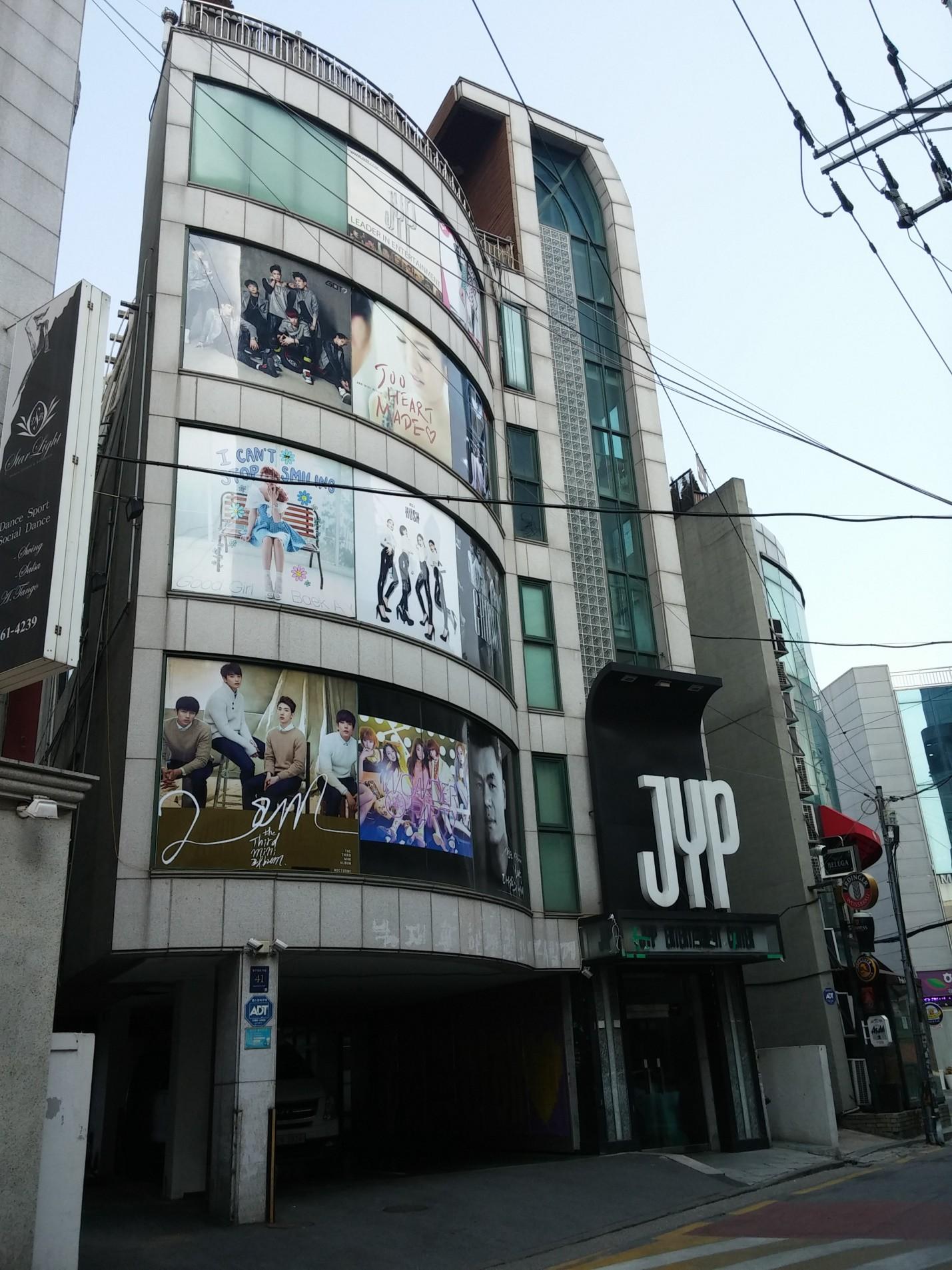 Điểm danh những điểm du lịch được fan Kpop yêu thích nhất Hàn Quốc - Ảnh 12.