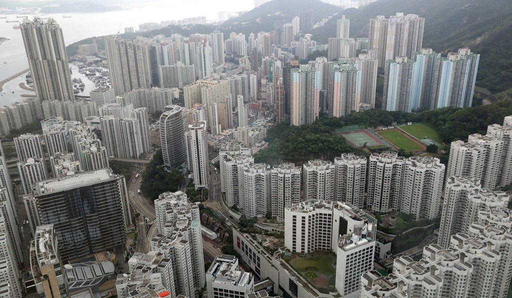 Giá thuê nhà tăng 40 lần, nhiều cửa hiệu nhỏ ở Hong Kong đóng cửa - Ảnh 2.