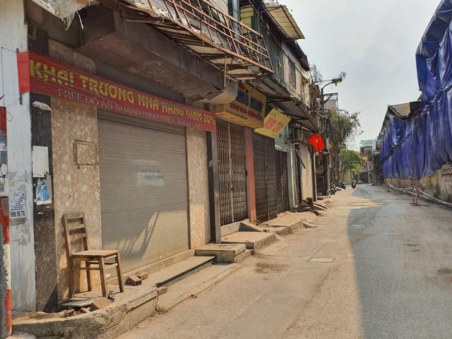 Hàng quán đóng cửa sang nhượng, dân quanh Công ty Rạng Đông thi nhau bán nhà - Ảnh 4.