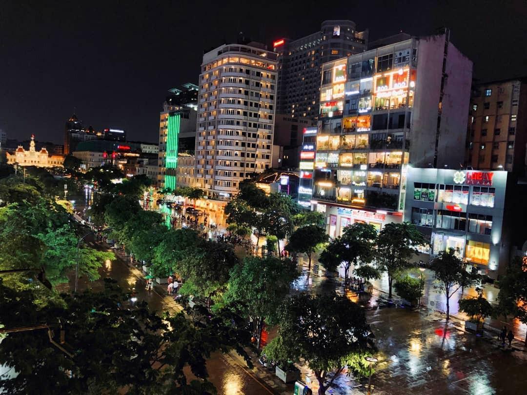 Địa điểm vui chơi Sài Gòn buổi tối - Ảnh 1.