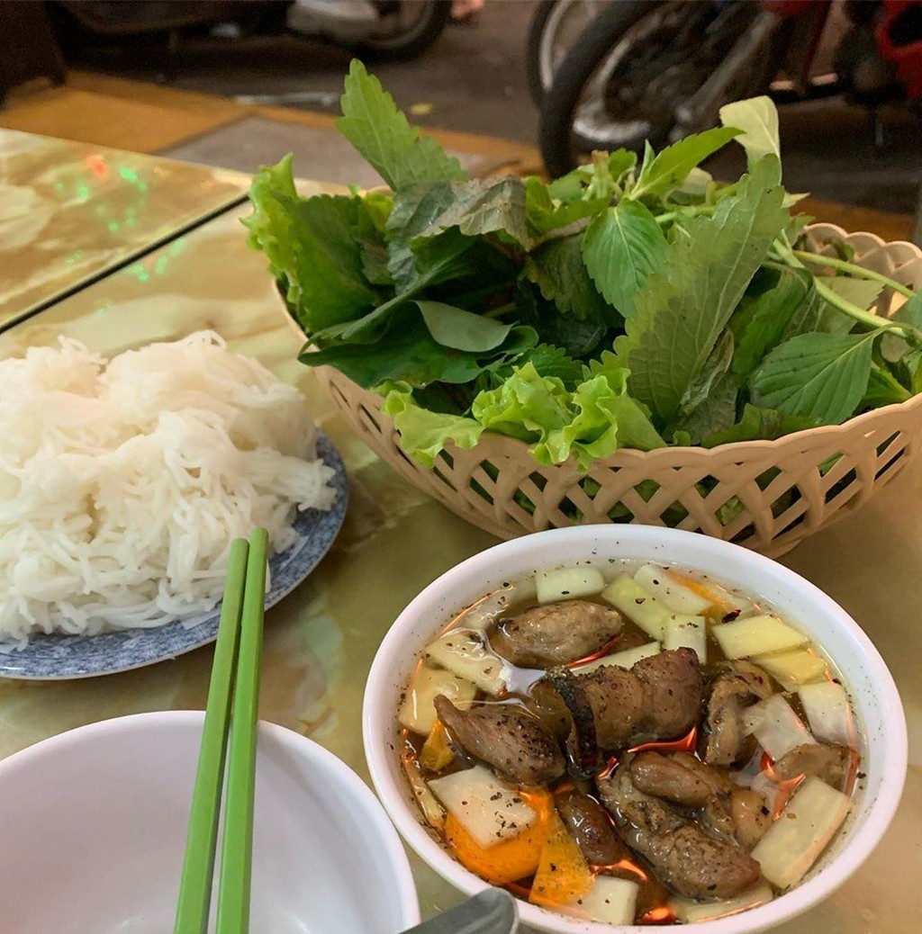 5 tiem bun cha Ha Noi thu hut thuc khach o TP.HCM hinh anh 3