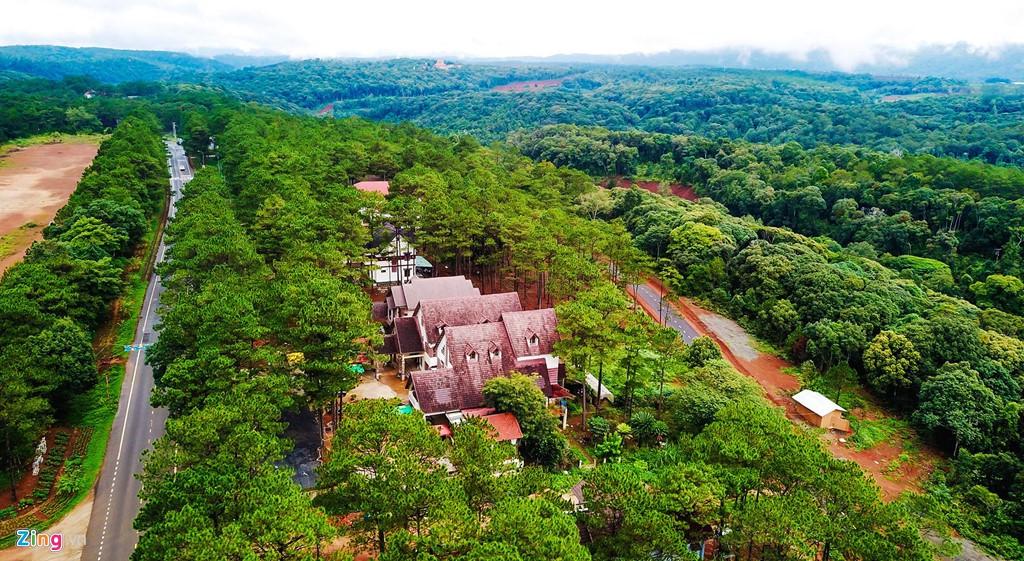 Làng biệt thự Măng Đen hồi sinh sau 10 năm bỏ hoang - Ảnh 7.