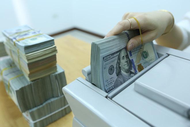 Giá USD hôm nay 6/2: Chứng khoán khởi sắc, USD lên nhanh - Ảnh 1.