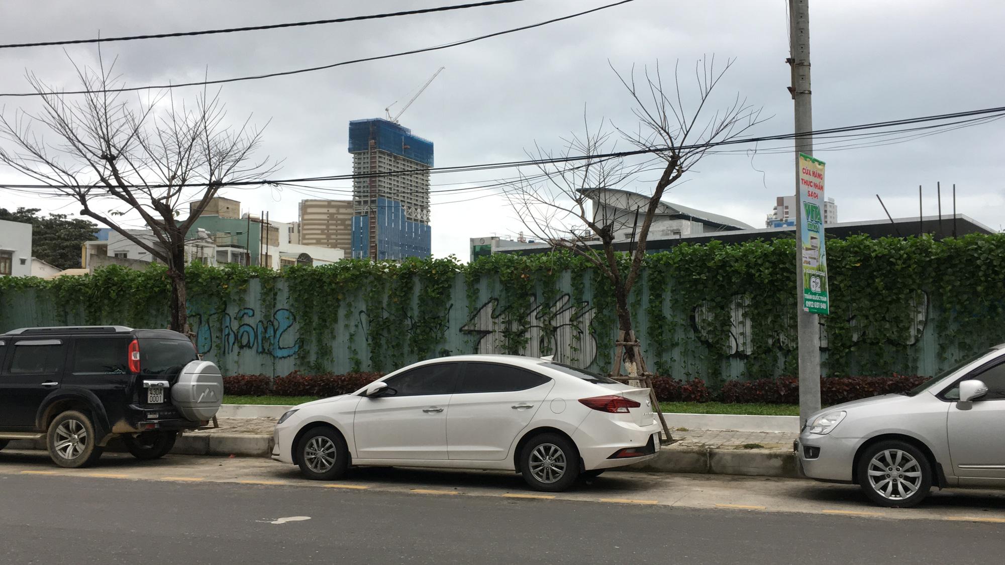 Hai khu đất làm vườn dạo, bãi đỗ xe ngầm trung tâm Đà Nẵng bao giờ 'khởi động'? - Ảnh 2.