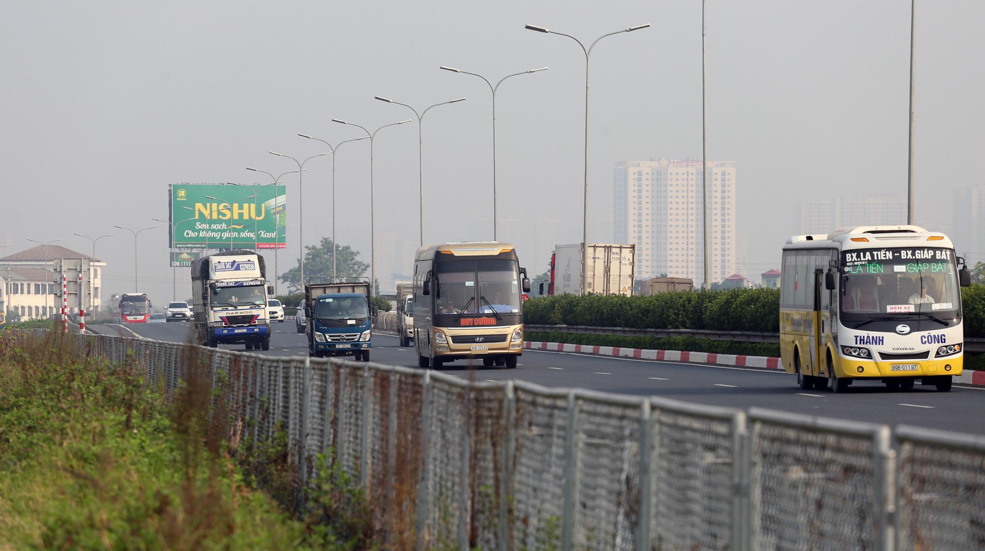 Làm cao tốc Bắc - Nam hay nâng cấp QL1A? - Ảnh 1.