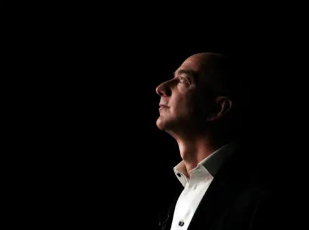 Jeff Bezos vừa bước sang tuổi 56: Cùng nhìn lại cuộc đời của người đàn ông giàu nhất thế giới - Ảnh 5.