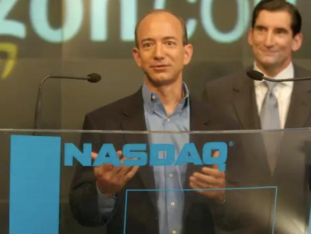 Jeff Bezos vừa bước sang tuổi 56: Cùng nhìn lại cuộc đời của người đàn ông giàu nhất thế giới - Ảnh 19.