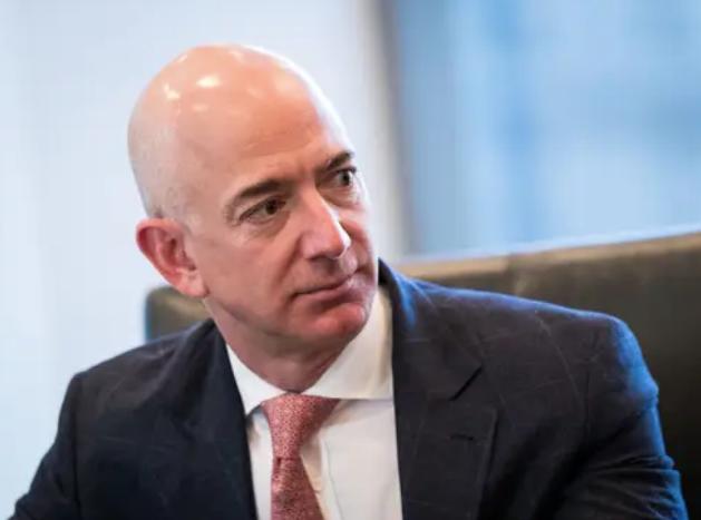 Jeff Bezos vừa bước sang tuổi 56: Cùng nhìn lại cuộc đời của người đàn ông giàu nhất thế giới - Ảnh 31.