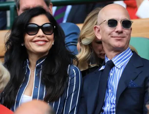 Jeff Bezos vừa bước sang tuổi 56: Cùng nhìn lại cuộc đời của người đàn ông giàu nhất thế giới - Ảnh 41.