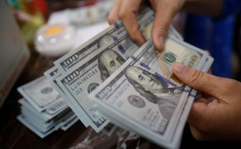 Giá USD hôm nay 5/2: Tin tốt ồ ạt, USD vững vàng đến cuối tuần?  - Ảnh 2.