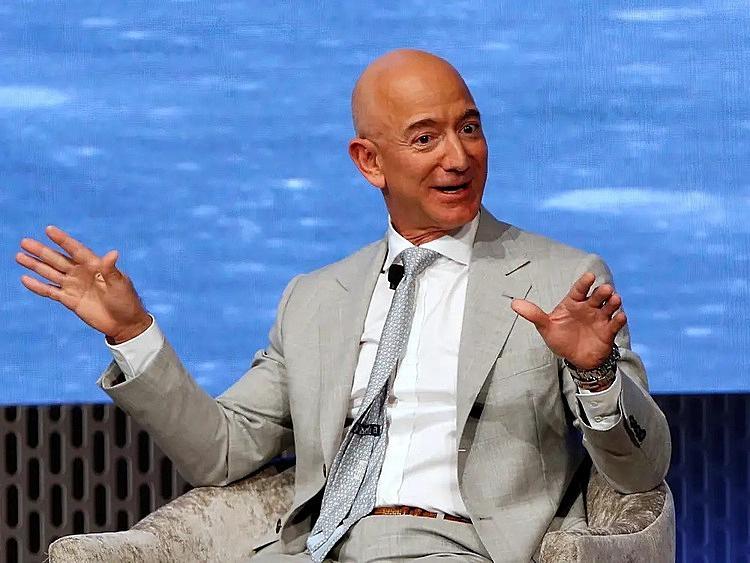 10 sự thật về độ giàu có của Jeff Bezos - Ảnh 1.